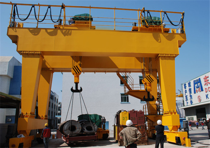 Sell 60 ton gantry crane from the manufacturer